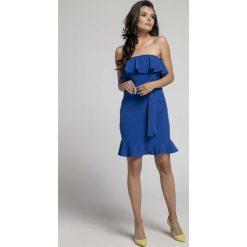 Granatowa Koktajlowa Sukienka Typu Hiszpanka z Paskiem. Niebieskie sukienki balowe marki Reserved, z odkrytymi ramionami. W wyprzedaży za 92,91 zł.