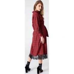 Sukienki hiszpanki: Liquorish Sukienka w kratę z koronką – Red,Multicolor