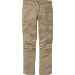 Spodnie bojówki Loose Fit Straight bonprix beżowy. Brązowe bojówki męskie bonprix. Za 149,99 zł.