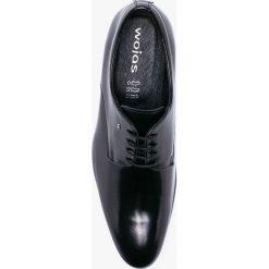 Wojas - Półbuty. Czarne buty wizytowe męskie Wojas, z materiału, na sznurówki. W wyprzedaży za 299,90 zł.