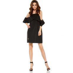 Sukienki balowe: Czarna Wyjątkowa Trapezowa Sukienka z Falbanką z Odkrytymi Ramionami