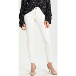 Kaffe GRACE  Jeans Skinny Fit optical white. Białe jeansy damskie Kaffe. Za 249,00 zł.