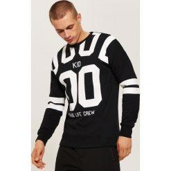Bluza z nadrukiem - Czarny. Czarne bluzy męskie rozpinane House, l, z nadrukiem. Za 99,99 zł.