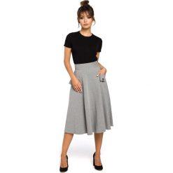 CAMILLE Rozkloszowana spódnica z kieszeniami - szara. Szare spódnice wieczorowe marki BE, l, z dzianiny, midi, oversize. Za 119,99 zł.