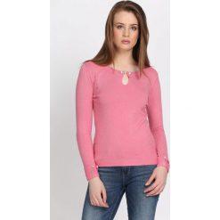 Różowy Sweter Ballot. Czerwone swetry klasyczne damskie Born2be, l, z okrągłym kołnierzem. Za 74,99 zł.