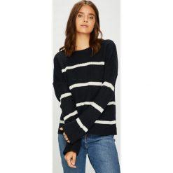 Vero Moda - Sweter Jasmin. Czarne swetry klasyczne damskie marki Vero Moda, l, z dzianiny, z okrągłym kołnierzem. Za 119,90 zł.
