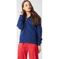 NA-KD Basic Bluza basic z kapturem - Blue,Navy. Różowe bluzy rozpinane damskie marki NA-KD Basic, prążkowane. Za 72,95 zł.