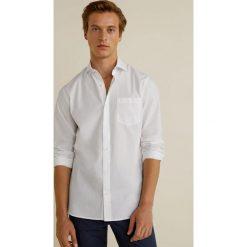 Mango Man - Koszula Arnold3. Szare koszule męskie na spinki marki Mango Man, l, z bawełny, z włoskim kołnierzykiem, z długim rękawem. W wyprzedaży za 89,90 zł.