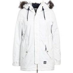 O'Neill CLUSTER  Kurtka snowboardowa powder white. Białe kurtki damskie narciarskie O'Neill, s, z materiału. W wyprzedaży za 671,20 zł.