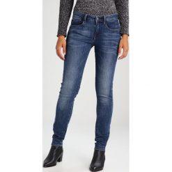 GStar 3301 MID SKINNY Jeans Skinny Fit blue denim. Niebieskie jeansy damskie marki G-Star, z bawełny. W wyprzedaży za 335,20 zł.