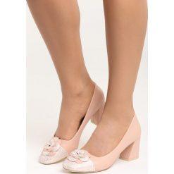 Różowe Czółenka For You and I. Czerwone buty ślubne damskie marki Born2be, ze skóry, na niskim obcasie, na płaskiej podeszwie. Za 69,99 zł.