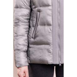 CLOSED WHISTLE Kurtka zimowa reed green. Szare kurtki damskie zimowe CLOSED, s, z materiału. W wyprzedaży za 1028,30 zł.