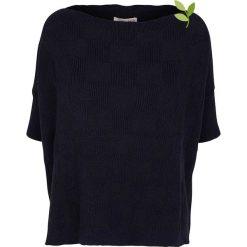 """Sweter """"Ada"""" w kolorze granatowym. Niebieskie swetry klasyczne damskie Frieda Sand, s, z bawełny. W wyprzedaży za 173,95 zł."""