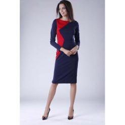 Granatowo Czerwona Wizytowa Sukienka z  Kontrastowym Panelem. Czerwone długie sukienki marki Molly.pl, na co dzień, l, casualowe, z asymetrycznym kołnierzem, z długim rękawem, asymetryczne. W wyprzedaży za 120,81 zł.
