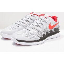 Buty trekkingowe męskie: Nike Performance AIR ZOOM VAPOR X HC Obuwie multicourt pure platinum/habanero red/black