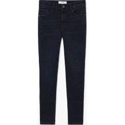 Mango - Jeansy Soho. Niebieskie jeansy damskie Mango, z bawełny. W wyprzedaży za 99,90 zł.