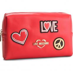 Kosmetyczka LOVE MOSCHINO - JC5300PP17LJ0500 Rosso. Czerwone kosmetyczki męskie marki Love Moschino, ze skóry ekologicznej. Za 339,00 zł.