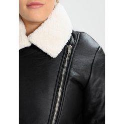 Glamorous Curve WINTER BIKER JACKET Kurtka ze skóry ekologicznej black. Czarne kurtki damskie Glamorous Curve, z materiału. Za 389,00 zł.