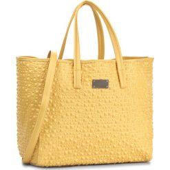 Torebka NOBO - NBAG-E3630-C002 Żółty. Żółte torebki klasyczne damskie marki Nobo, ze skóry ekologicznej. W wyprzedaży za 149,00 zł.