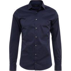 Tiger of Sweden FILBRODIE Koszula biznesowa dark blue. Brązowe koszule męskie marki Tiger of Sweden, m, z wełny. Za 379,00 zł.