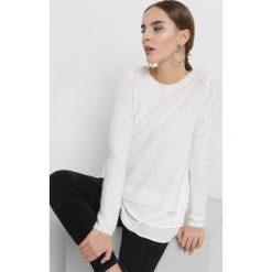 Sweter z cekinami. Brązowe swetry klasyczne damskie marki Orsay, s, z dzianiny, z koszulowym kołnierzykiem. Za 119,99 zł.