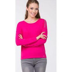 Swetry klasyczne damskie: Sweter z biżuteryjną lamówką