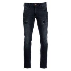 Mustang Jeansy Męskie Oregon 32/34 Ciemnoniebieski. Czarne jeansy męskie marki Mustang, l, z bawełny, z kapturem. W wyprzedaży za 249,00 zł.