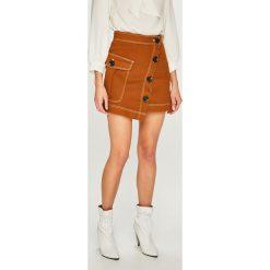 Answear - Spódnica. Szare minispódniczki marki ANSWEAR, l, z bawełny, z podwyższonym stanem, proste. Za 129,90 zł.