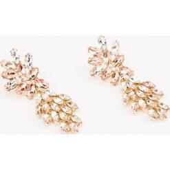 Kolczyki damskie: NA-KD Accessories Kolczyki z tropikalnymi kryształami – Pink,Multicolor