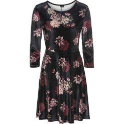 Długie sukienki: Sukienka aksamitna w kwiatowy deseń bonprix czarno-ciemnoczerwono-stary róż w kwiaty
