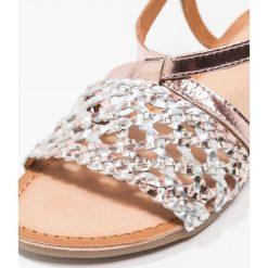 Gioseppo Sandały cobre. Czerwone sandały chłopięce marki Gioseppo, z materiału. Za 189,00 zł.
