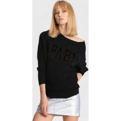 Swetry klasyczne damskie: Czarny Sweter Seamlessly