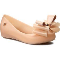 Baleriny MELISSA - Ultragirl Sweet II Inf 31891 Light Pink 01822. Szare baleriny damskie z kokardą marki Melissa, z gumy. W wyprzedaży za 179,00 zł.