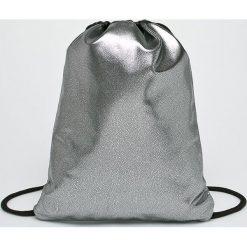 Mi-Pac - Plecak. Szare plecaki damskie Mi-Pac, z materiału. W wyprzedaży za 99,90 zł.