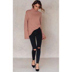 Boyfriendy damskie: Zorannah for NA-KD Czarne jeansy - Black