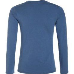 GANT Bluzka z długim rękawem evening blue. Niebieskie bluzki dziewczęce bawełniane GANT, z długim rękawem. W wyprzedaży za 135,20 zł.