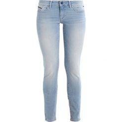Mavi SERENA Jeans Skinny Fit foggy bleach. Niebieskie boyfriendy damskie Mavi. Za 379,00 zł.