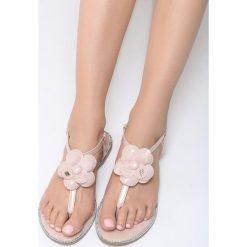 Różowe Sandały Lemon Tart. Czerwone sandały damskie marki Born2be, z lakierowanej skóry, na obcasie. Za 59,99 zł.