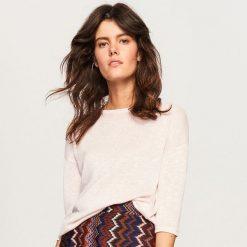 Swetry klasyczne damskie: Sweter z lekkiej dzianiny - Różowy