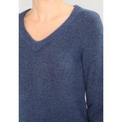 Swetry klasyczne damskie: Kaffe WENDY Sweter flint stone melange