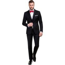 Garnitur VALERIO 13-14X1B. Czarne garnitury marki Giacomo Conti, m, z bawełny, z klasycznym kołnierzykiem. Za 998,00 zł.