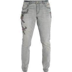 Cream BIRD BAILEY FIT Jeansy Zwężane light grey denim. Szare jeansy damskie relaxed fit Cream. Za 419,00 zł.