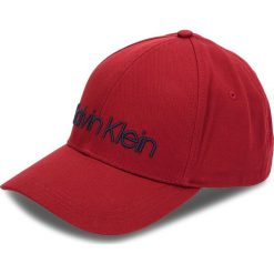 Czapka z daszkiem CALVIN KLEIN - Logo Embroidery Cap K50K504106 628. Czerwone czapki z daszkiem męskie Calvin Klein, z bawełny. Za 159,00 zł.