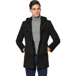 Płaszcz w kolorze czarnym. Czarne płaszcze zimowe męskie AVVA, Dewberry, m. Za 489,95 zł.