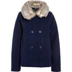 OshKosh COAT Kurtka przejściowa blue. Niebieskie kurtki dziewczęce przejściowe marki OshKosh, z elastanu. W wyprzedaży za 215,20 zł.