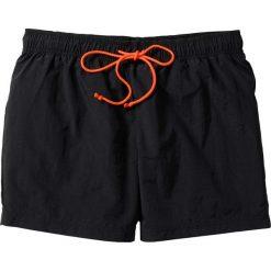 Szorty plażowe bonprix czarny. Czarne bermudy męskie bonprix, w paski. Za 34,99 zł.