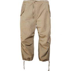 Chinosy męskie: YMC You Must Create SATEEN Spodnie materiałowe olive