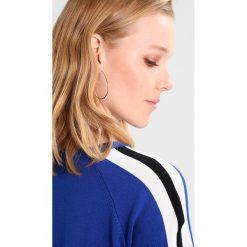 Swetry klasyczne damskie: Soyaconcept DOLLIE  Sweter electric blue combi