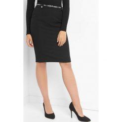 Spódniczki: Ołówkowa spódnica z paskiem