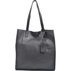 Torebki klasyczne damskie: Skórzana torebka w kolorze czarnym – 33 x 31 x 9 cm